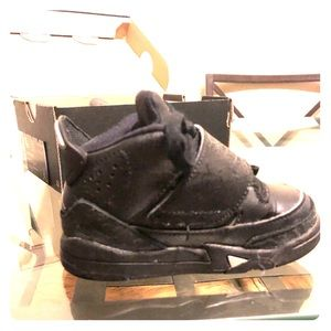 Michael Jordan 6c almost new very stylish